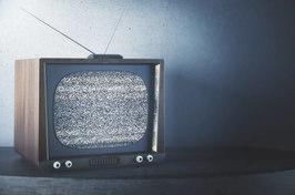 Завис телевизор: причины и решение | 176x266
